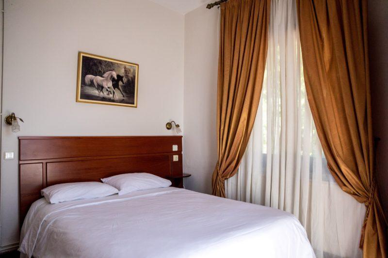 ΔΩΜΑΤΙΑ-HOTEL TASIA